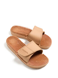 Invigorating Massage Sandal Beige